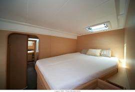 Catamarano lagoon 420 catamarano per noleggio con skipper for Noleggio cabina di steamboat